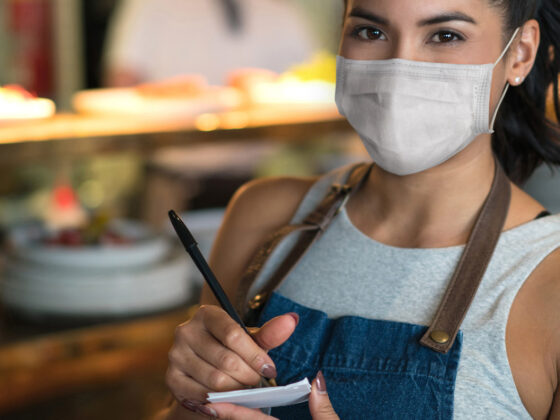 Restaurant staff wearing face mask