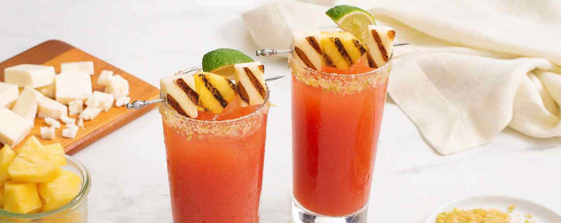 Bloody Caesar à l'ananas avec halloumi grillé